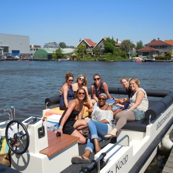 Lounge Sloep huren Leiden