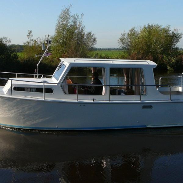 Freule 2 persoons compacte boot Vermietung Heerenveen