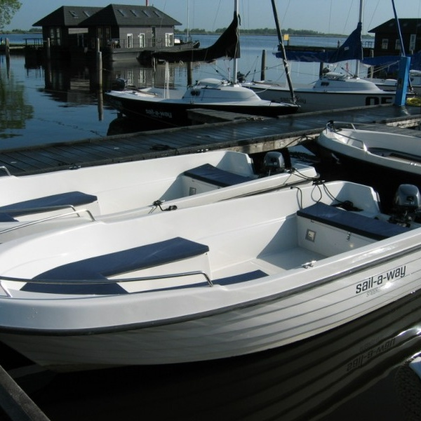 Motorboot Lagio huren Offingawier