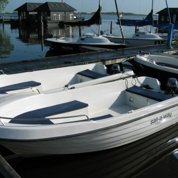 Motorboot Lagio Vermietung Offingawier